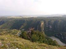 Uvac-Fluss schlängelt sich See in Serbien stockbilder