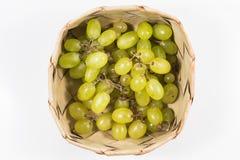 Uvas blancas en el arroz Kratib en el fondo blanco, cl de las uvas blancas Fotos de archivo libres de regalías