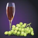 uvas con un vidrio de vino Foto de archivo