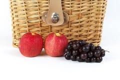 Uvas e maçãs Imagem de Stock Royalty Free