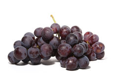 Uvas isoladas no branco imagem de stock