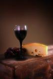 Uvas para vinho e queijo Foto de Stock