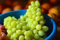 Uvas verdes frescas Imagens de Stock Royalty Free
