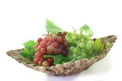 Uvas vermelhas e brilhantes Fotos de Stock