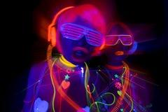 UVsexy Neondisco des Glühens weibliche Cyberpuppe stockfotografie