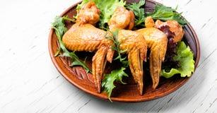 uwędzeni kurczaków skrzydła Fotografia Royalty Free