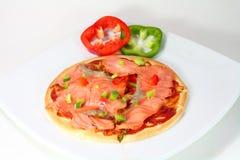 uwędzona łososiowa pizza Fotografia Stock