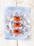 Uwędzone łosoś rolki z kremowym serem, czarny kawior Zdjęcie Royalty Free