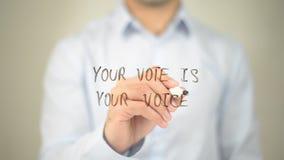 Uw Stem is uw Stem, mens die op het transparante scherm schrijven Stock Foto's