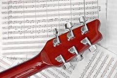 uwaga na gitarze papieru Fotografia Stock