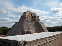 Uxmal, пирамида волшебника Стоковые Фотографии RF