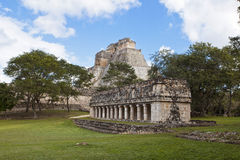 Uxmal pyramid and temple in mexiko Royalty Free Stock Photos