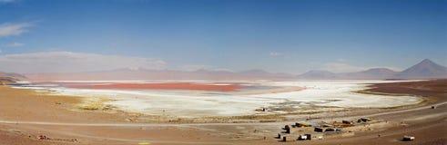 uyuni för bolivia coloradade laguna salar Arkivfoto