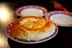 Uzbeka chleb na talerzu Obrazy Royalty Free