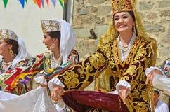 Uzbekistan dansare arkivbild
