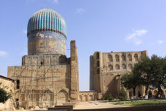 Uzbekistan  Samarkand  Veiw at Ulugh Beg and Tilya-Kori Madrasahs Royalty Free Stock Photography