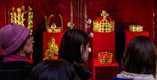 In Uzhgorodospita le corone di una mostra del mondo Fotografia Stock