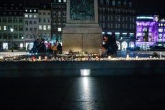 Uznania kłaść out po tym jak Paryż atakuje Paryskich ataki af Zdjęcie Royalty Free