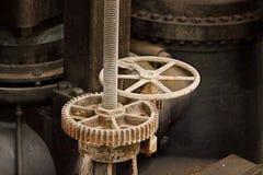 Válvula de la rueda y del engranaje Fotos de archivo libres de regalías
