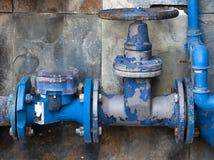 A válvula do sistema de fonte da água foto de stock royalty free