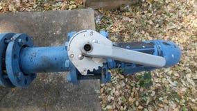Válvula e tubulação grandes Imagem de Stock