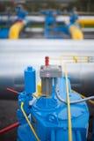 Válvula en la estación de la distribución del gas Imagenes de archivo