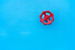 Válvula roja imagen de archivo
