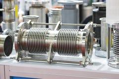 Válvula y tubo para fabricar para el grado industrial pesado Fotos de archivo