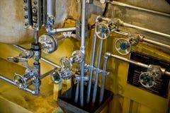 Válvulas de la caldera del motor de vapor Fotos de archivo