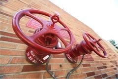 Válvulas do sistema do incêndio Foto de Stock