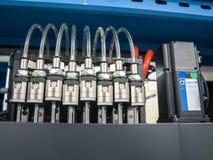 Válvulas electromagnéticas con los tubos Fotografía de archivo libre de regalías
