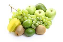 Várias frutas verdes imagens de stock
