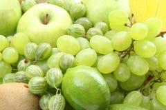 Várias frutas verdes fotografia de stock