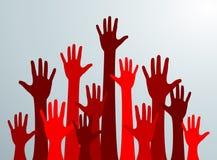 Várias mãos levantadas acima no ar As mãos de muitos povos vermelhos acima Vetor Imagem de Stock