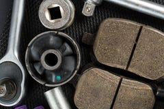 Várias peças e ferramentas do carro fotografia de stock
