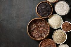 Vário arroz em umas bacias Imagem de Stock