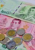 Vário de cédulas tailandesas Foto de Stock