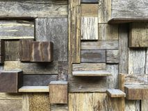 Vário teste padrão do bloco de madeira no formulário geométrico na ordem aleatória fotografia de stock royalty free