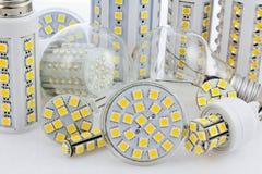 Vários bulbos com os 3 diodos emissores de luz da microplaqueta SMD Fotos de Stock