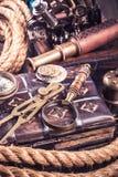 Vários instrumentos náuticos retros Foto de Stock