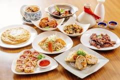 Vários pratos foto de stock