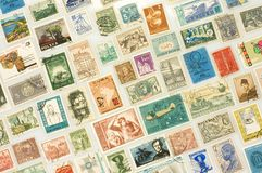 Vários selos de porte postal Fotografia de Stock Royalty Free