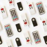 Vários tipos de fundo sem emenda de controle remoto do teste padrão isolado no branco Foto de Stock Royalty Free