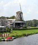 Väderkvarn De Konijnenbelt i Ommen Nederländerna Fotografering för Bildbyråer