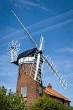 Väderkvarn i Norfolk, England Arkivfoto