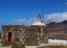 Väderkvarn i San Nicolà ¡ s Arkivbild