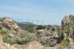 Väderkvarn produktion av grön energi. Royaltyfri Foto
