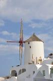 Väderkvarn - santorini (cyclades) Royaltyfria Foton