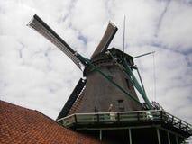 Väderkvarn Zaanse Schans, Nederländerna Arkivbild