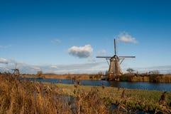 Väderkvarnar i Kinderdijk Arkivfoto